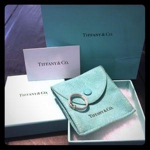 💯Authentic Retired Tiffany & Co Diamond ring